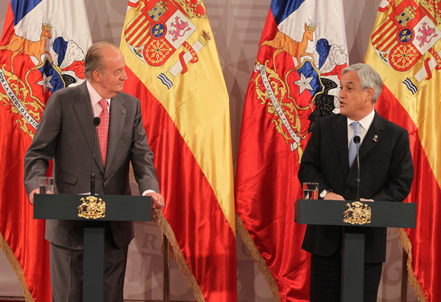 Rey de España elogia la economía chilena y su confiablidad para las inversiones extranjeras