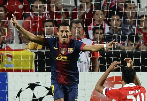 Alexis marca después de cinco meses en triunfo de Barcelona en la Champions League