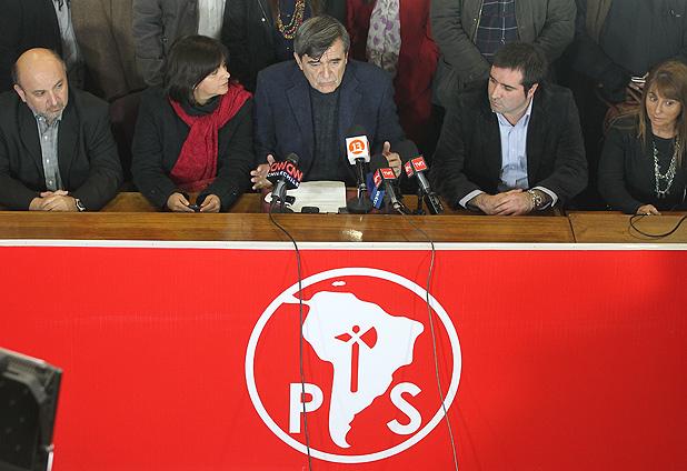"""Escalona decide declinar su candidatura: """"No estoy dispuesto a unas primarias con letra chica"""""""