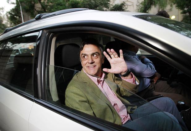 Pablo Longueira anuncia su retiro de la política